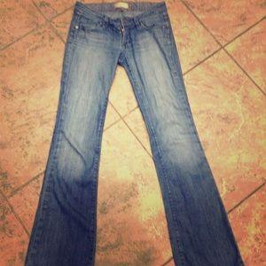 Paige premium jeans Lauren canyon size 25